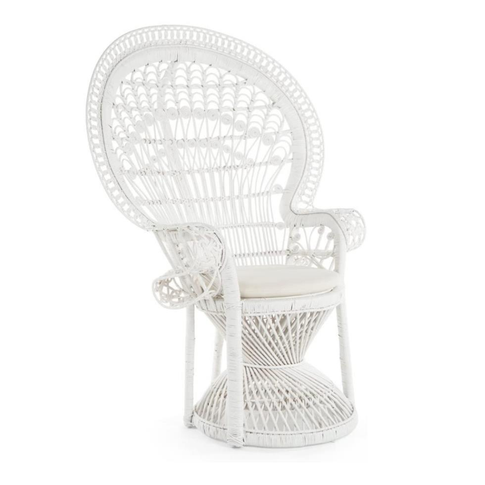 white-grand-peacock-chair