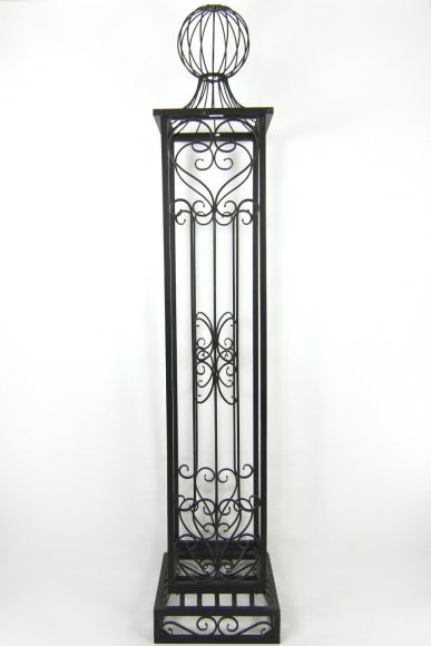 BLACK IRON GARDEN PILLAR, 8u0027