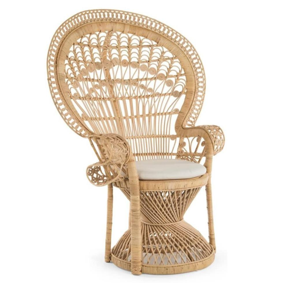 grand-peacock-chair-natural-rattan