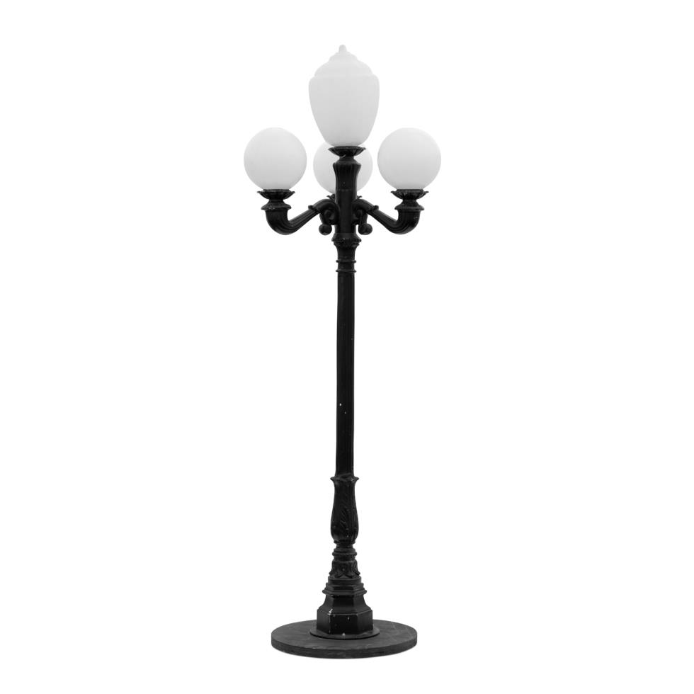 european-park-lamp-black